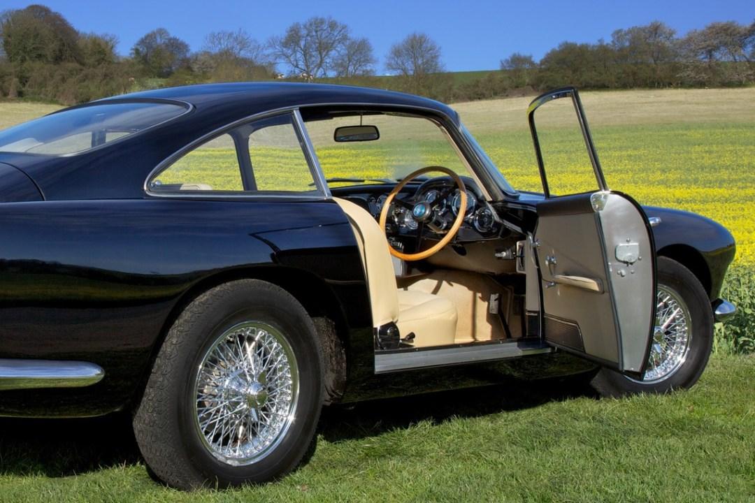 1960 The Aston Martin DB4 (6)