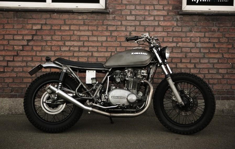 monkee_51_kawasaki_motorcycle_wrenchmonkees_01_1