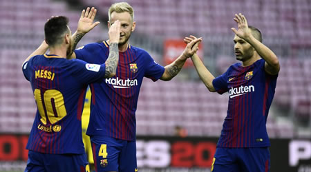 Barcelona defeat Las Palmas in empty Camp Nou amid Catalonia clashes