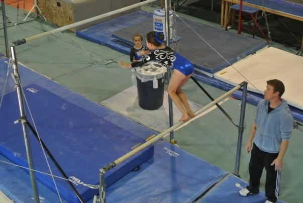 Judges' Cup 2011 Bars Squat-On - Level 5
