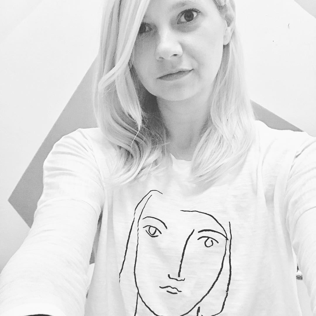 Independent artist spotlight on maker, designer, & illustrator @_depeapa ⚡️I bought & love & am living in this minimalist long sleeve tee ⚡️ Found on @etsy