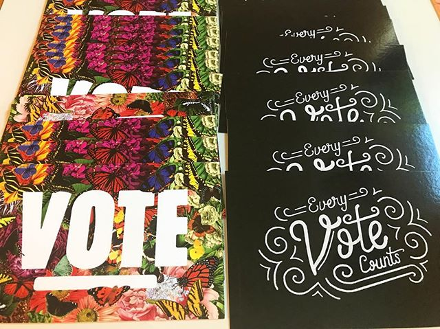 We have sent out 500 postcards to voters for @staceyabrams, @betoorourke, & most of them were for Leslie Cohen NC House. Looking for a way to get involved? Text voters or phonebank with @swingleft. @williedictionary is the best resistance partner ever