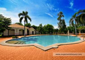 Citta Italia - Luxury Homes For Sale in Bacoor Cavite Amenities Clubhouse Swimming Pool