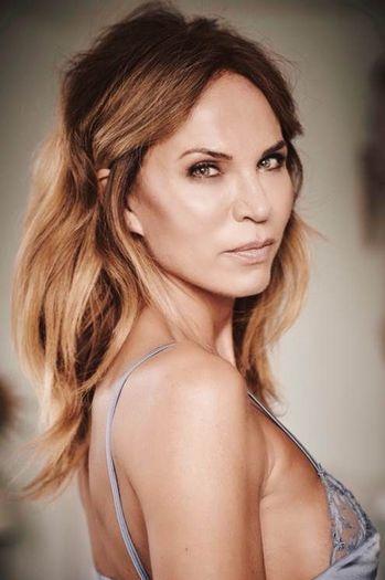 Mega Model Agency Rosalie Van Breemen