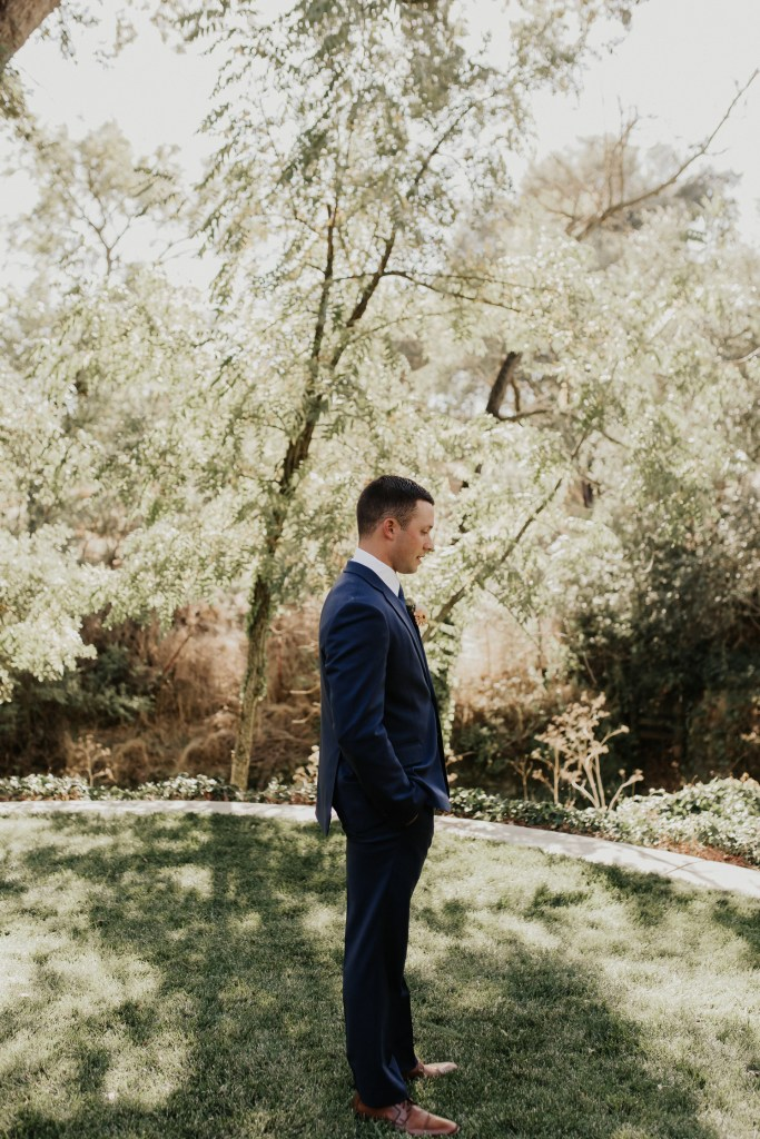 Megan Claire Photography | Northern California Wedding Photographer. Bride and groom first look photos @meganclairephoto