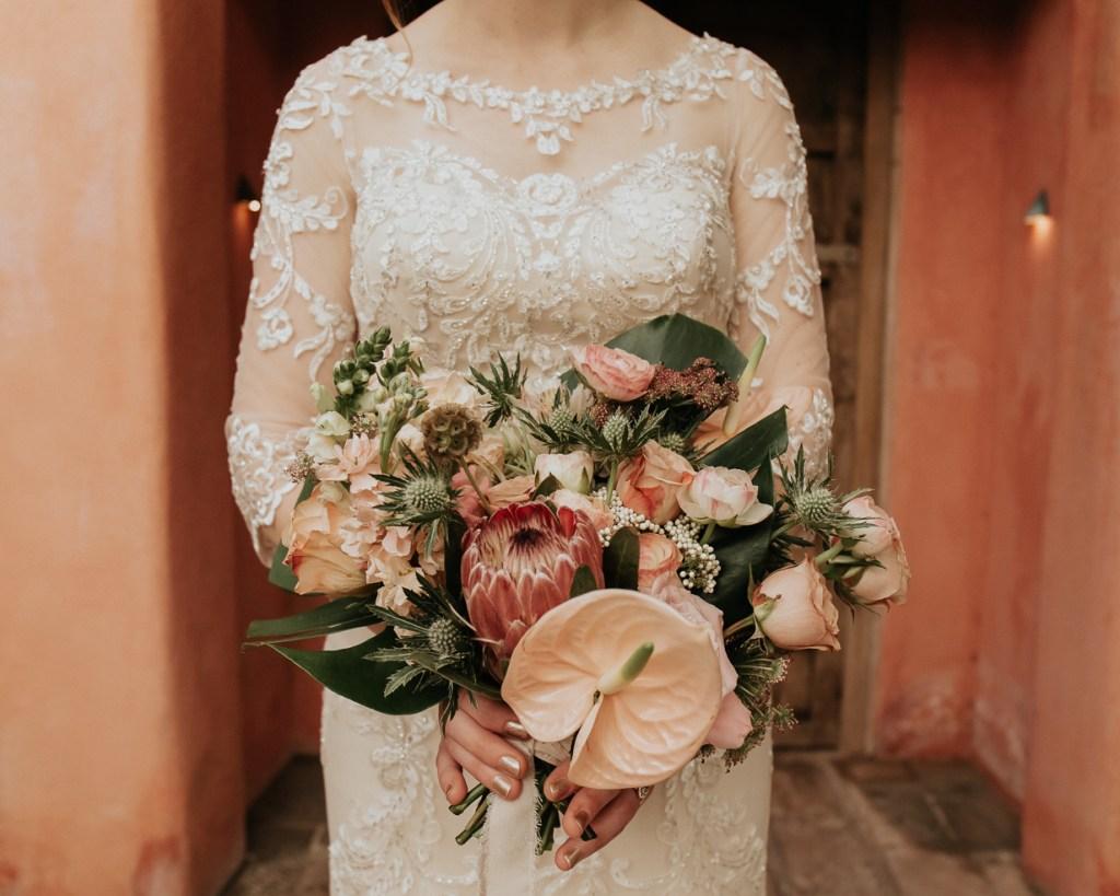 Megan Claire Photography | Arizona Wedding Photographer. Vintage inspired greenhouse arboretum wedding @meganclairephoto