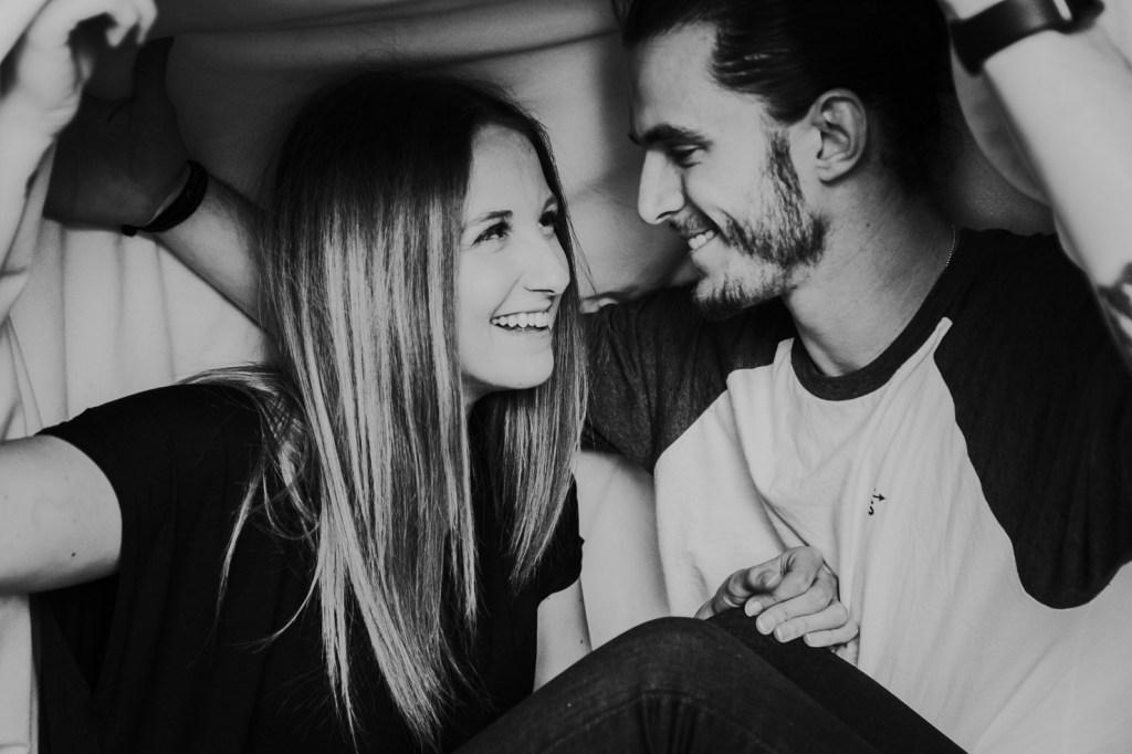Megan Claire Photography | Arizona Portrait + Wedding Photographer. Cozy in home photoshoot