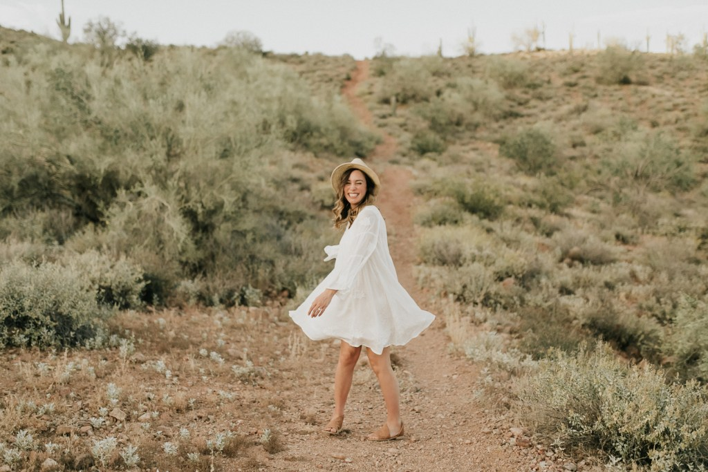 Megan Claire Photography | Phoenix Arizona Maternity and Newborn Photographer. Arizona maternity session  in the desert at Phon D Sutton Recreation area in Mesa, Arizona @meganclairephoto