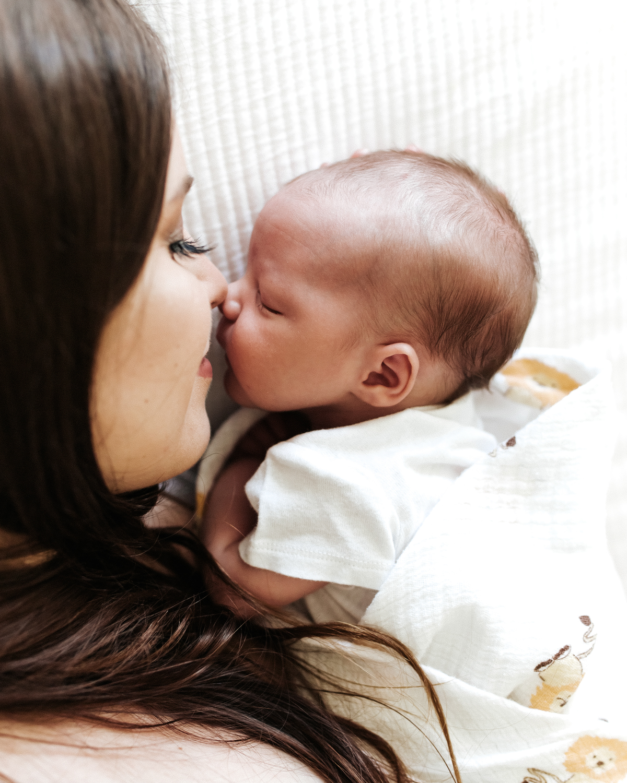 Megan Claire Photography | Arizona Newborn Photographer. Phoenix In Home Newborn portrait session @meganclairephoto