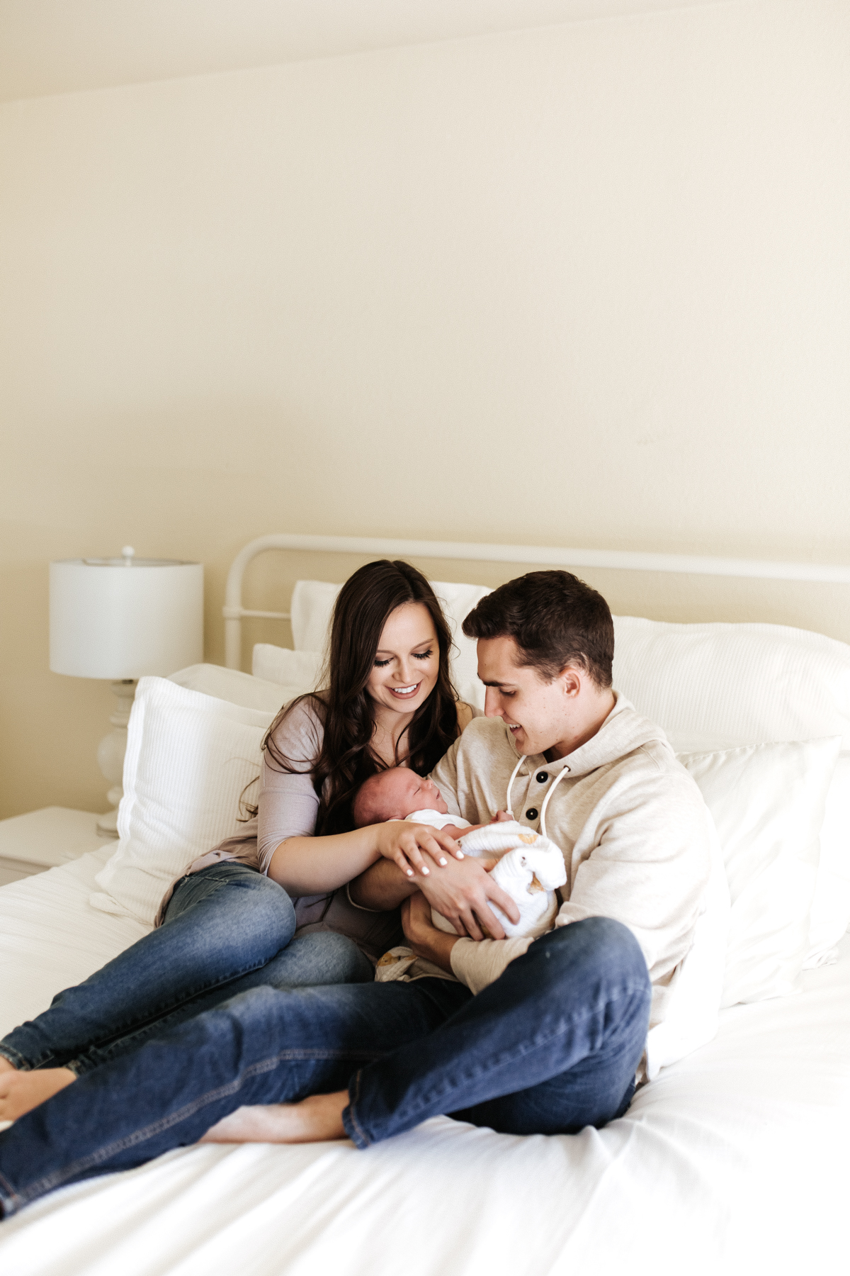 Megan Claire Photography | Arizona Newborn Photographer. Phoenix In Home Newborn portrait session @meganclairephoto