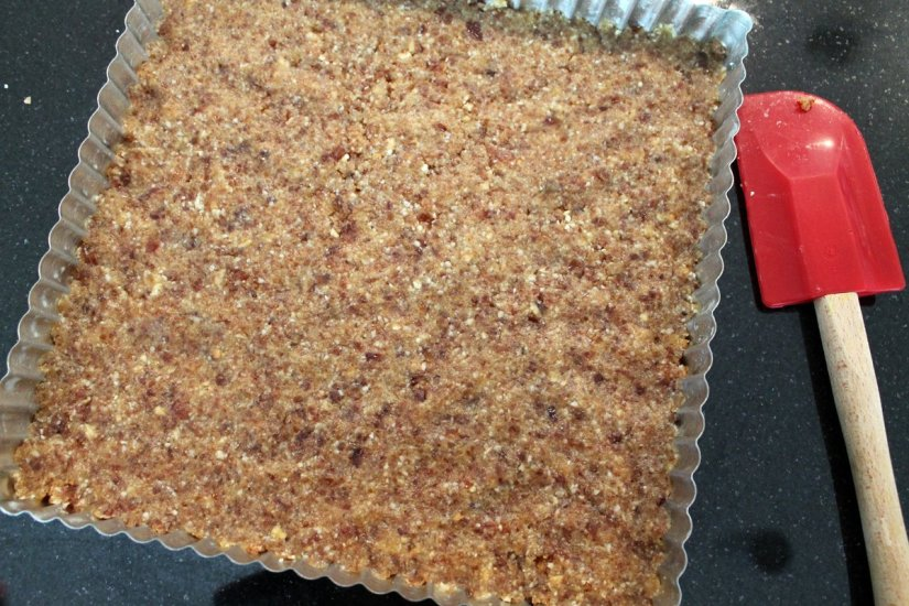 raw dessert crust