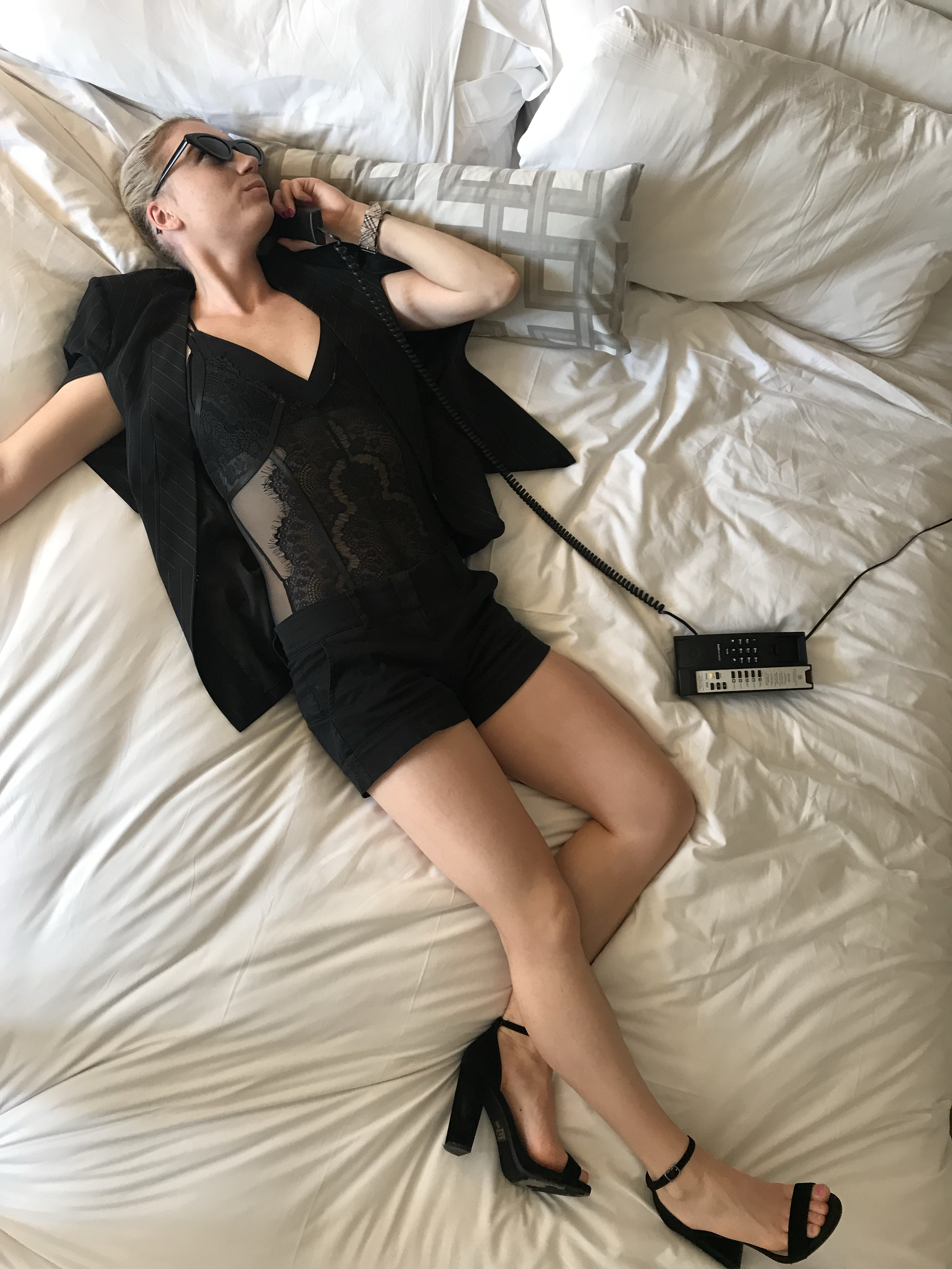 Must-Have When Visiting Hotels   Phone Photoshoot Ideas in Any City