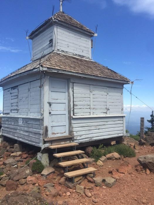 D3-D4-lookout tower-Black Butte-Oregon