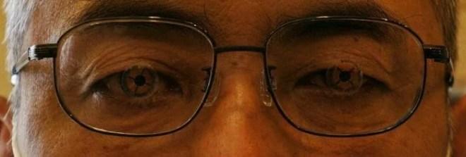 目とレンズ中心の確認