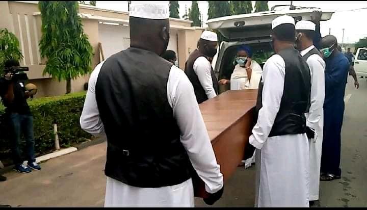 Ex- Oyo Gov. Ajimobi buried amid tight security (Photos)