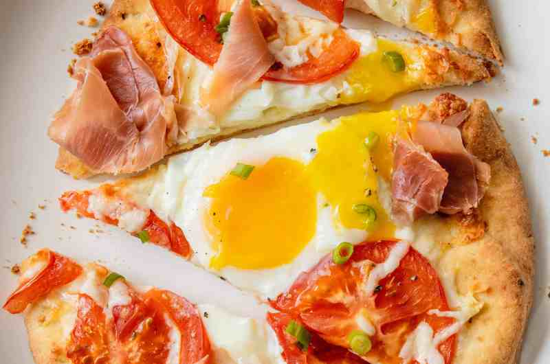 Naan Breakfast Pizza on a plate.