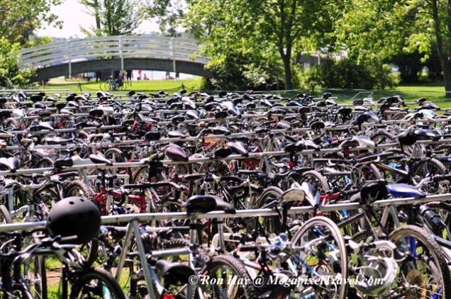 RON_4324-Bikes-at-volleybal