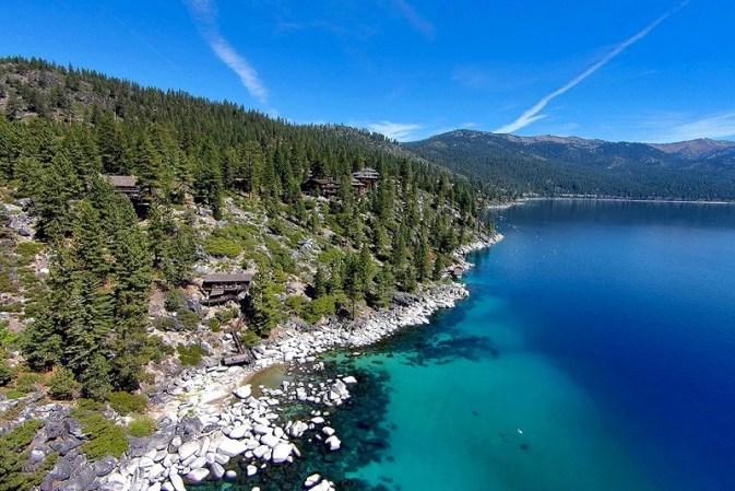 Summertide: Este legendario refugio frente al lago Tahoe en Sierra Nevada –cual fuera propiedad del magnate Howard Hughes– está a la venta por $19,5 millones