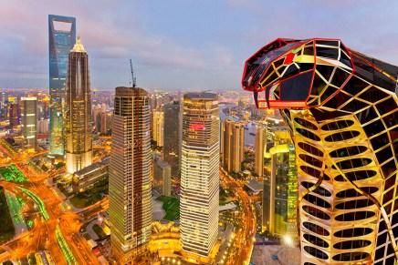 Multimillonario ruso Vasily Klyukin diseña la Asian Cobra Tower, un increíble rascacielos conceptual para un país asiático