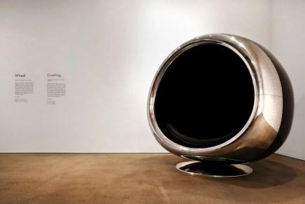 Increíble silla hecha de un enorme motor de un Boeing 737