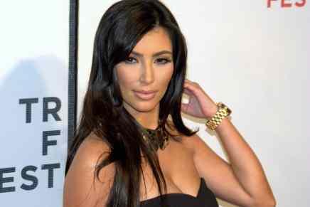 Ladrones de París le robaron $10 MILLONES en joyas a Kim Kardashian, incluido su anillo de compromiso de $4.5 millones