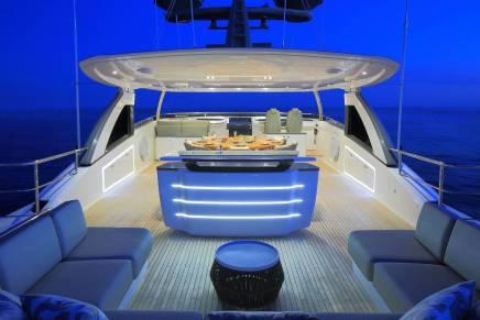 Princess 35M: Chequea este súper yate con instalaciones de un hotel 5 estrellas
