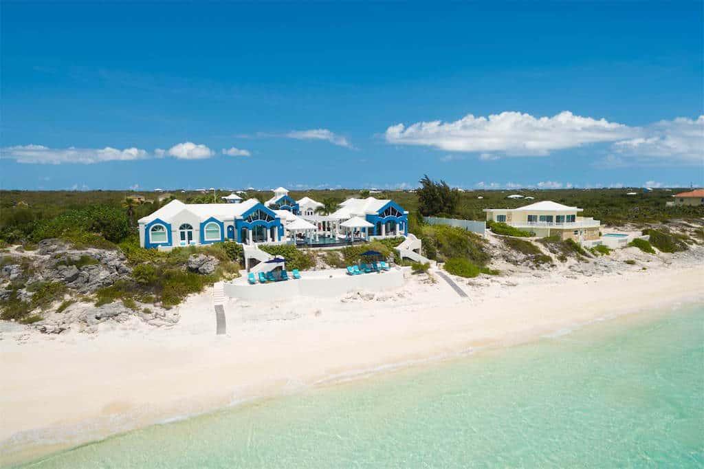 Compra tú propio paraíso privado frente a la playa en Islas Turcas y Caicos por $11.5 millones
