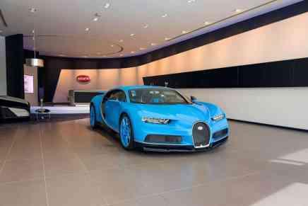 El concesionario Bugatti más grande del mundo abre en Dubái