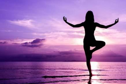 Salud, Riqueza o Pobreza.  Desde la paz mental hasta la felicidad, el yoga the muestra la manera