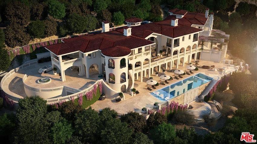Esta increíble mega mansión al estilo español en Los Ángeles está en construcción y puede ser tuya por $75 MILLONES