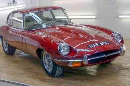 Este clásico Jaguar E-Type de 1969 con solo 2,735 km saldra a la venta