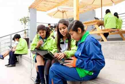Billonario peruano contrató a una firma de diseño de fama mundial para reestructurar el sistema de escuelas privadas de su país… ¡y los resultados son impresionantes!