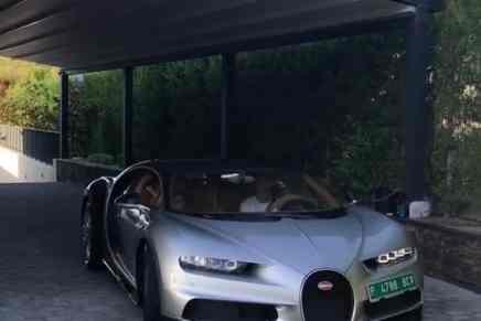 Cristiano Ronaldo presenta su nuevo juguete — Un Bugatti Chiron de $3 millones