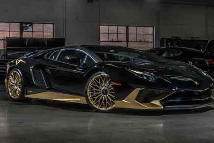 ¡MAGNIFICO! Lamborghini Aventador SV modificado por Ad Personam