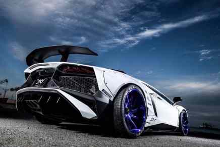 "Lamborghini Aventador SV ""Widebody"" por Liberty Walk"