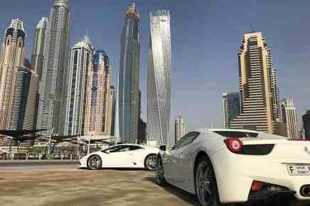 La población multimillonaria de los Emiratos Árabes Unidos alcanza los 55.700, según un nuevo informe