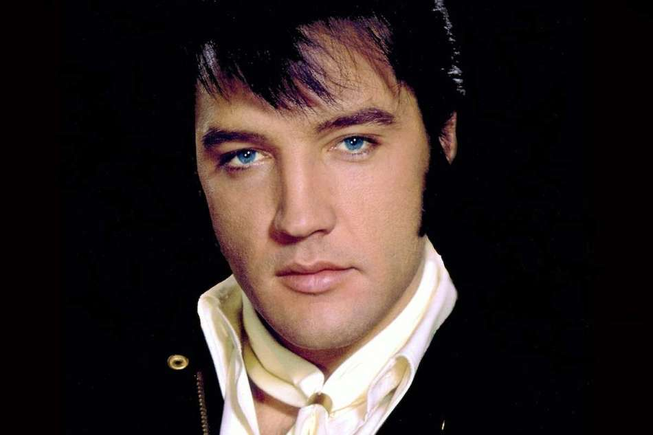 Cómo fue que Elvis Presley murió casi en la bancarrota, para luego convertirse en una de las mega celebridades fallecidas más ricas de todos los tiempos
