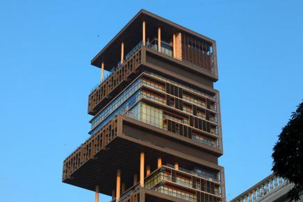 """12 asombrosos datos acerca de """"Antilia"""", la mansión de Mukesh Ambani en Mumbai"""