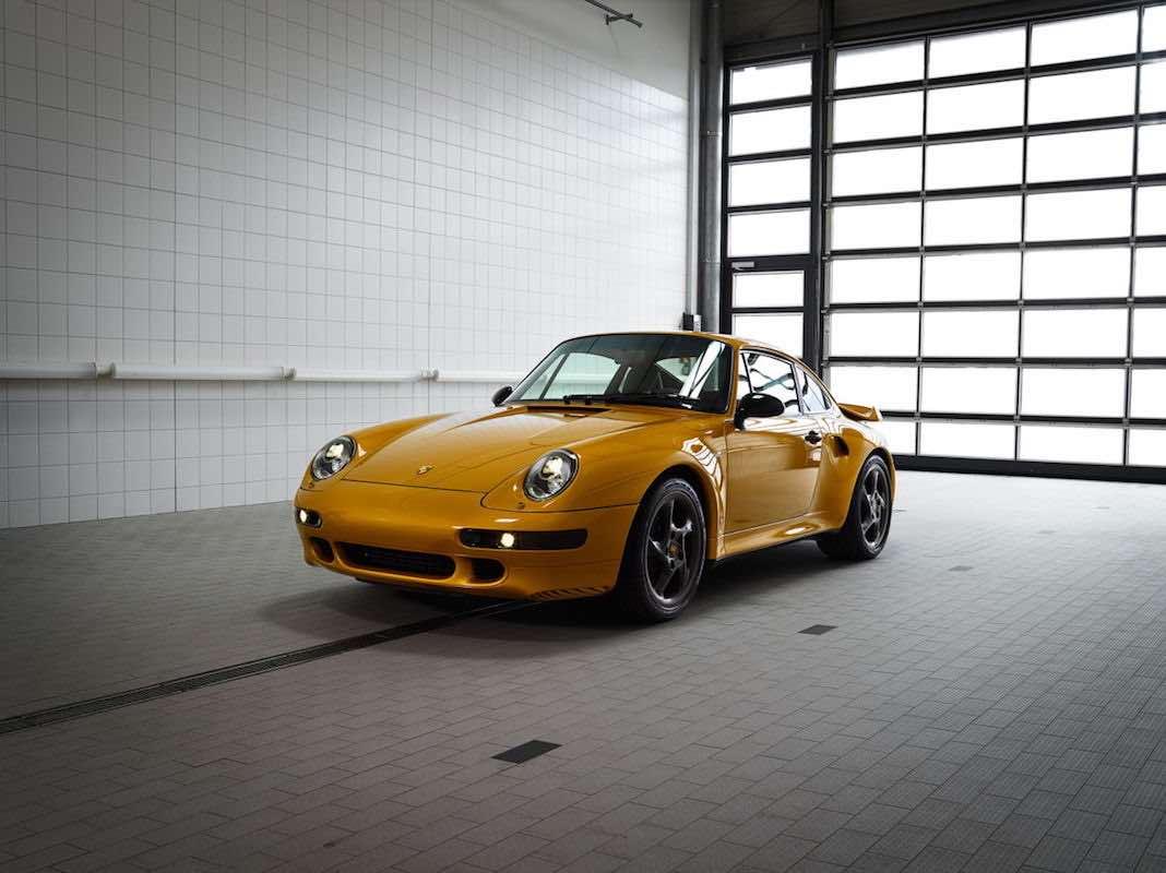 El 'Proyecto de Oro' de Porsche: fabricó un 911 Turbo clásico con piezas originales