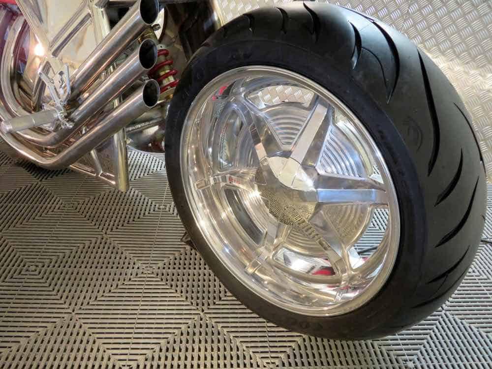 Levis V6 Cafe Racer, motocicleta con el look retro-futurista que todos amamos