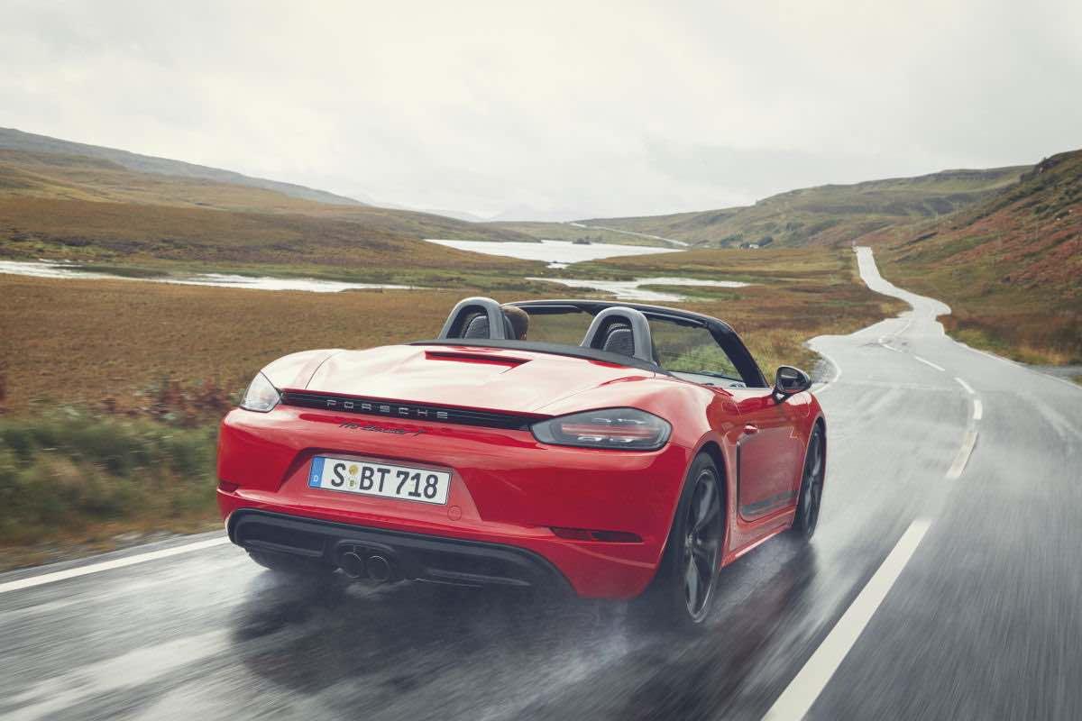 Nuevo Porsche 718 T: máximo placer de conducción