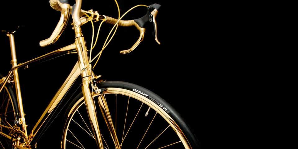 Está bicicleta chapada en oro de 24 quilates de Goldgenie, cuesta más que un Ferrari 488GTB