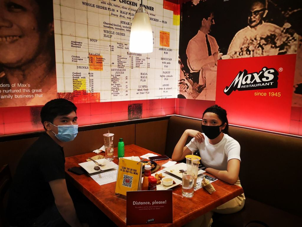 Dine-in at Lucky Chinatown