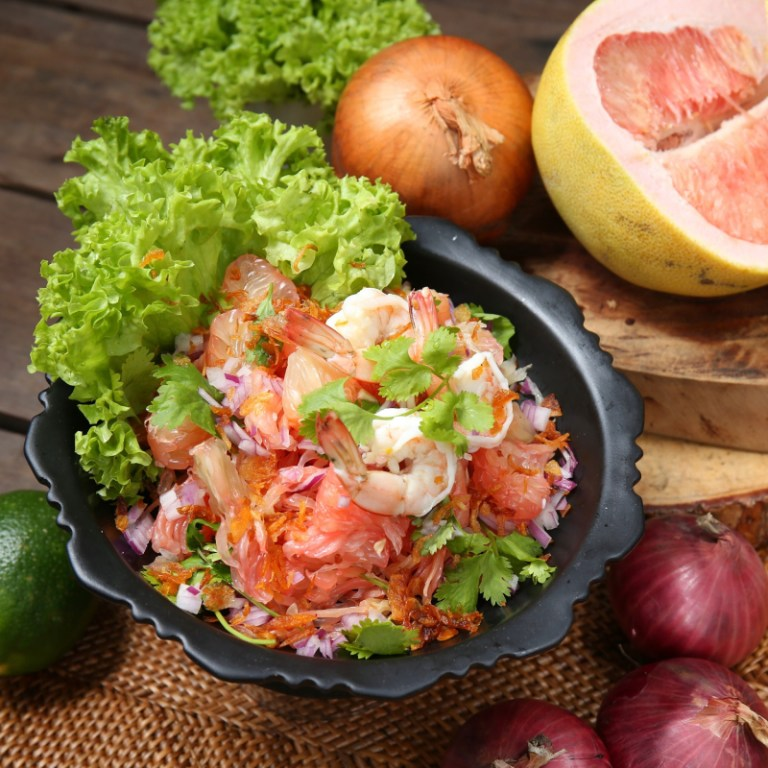 Fresh and bright! Get your dose of fruity, spicy, and sweet in this meal. Start your Thai journey with a Pomelo and Shrimp Salad for a burst of energy.