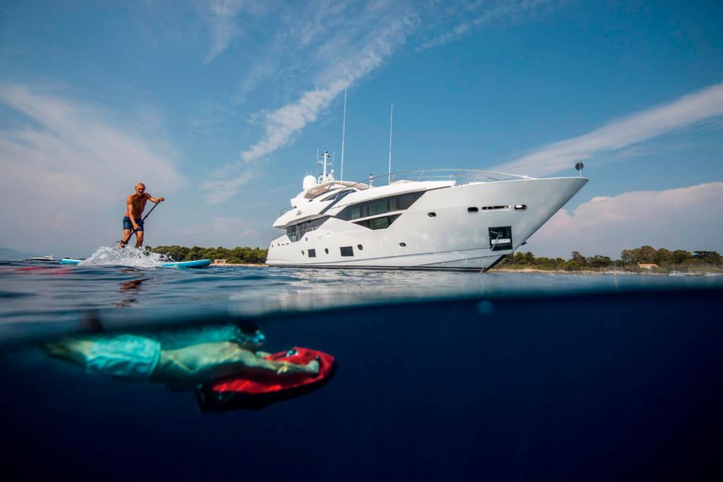 sunseekeer 116 yacht