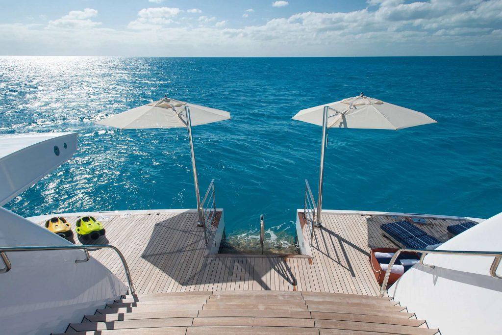 Aurora yacht beach club