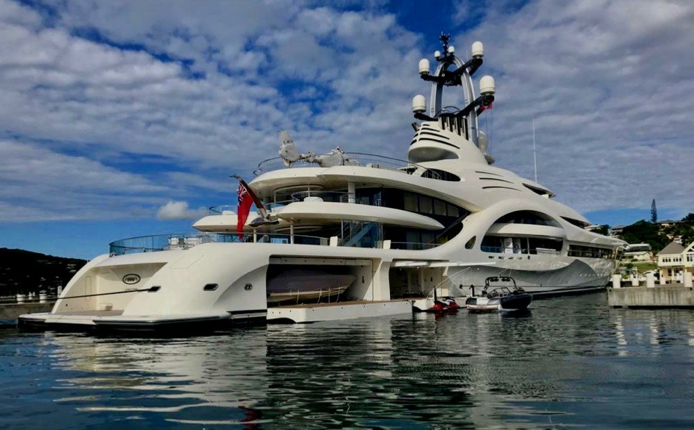 Luxury yacht Anna tender garage open