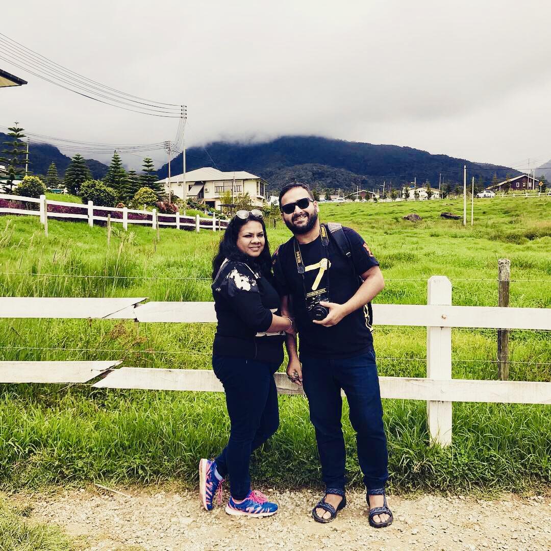 Happy us at Desa Dairy farm KK