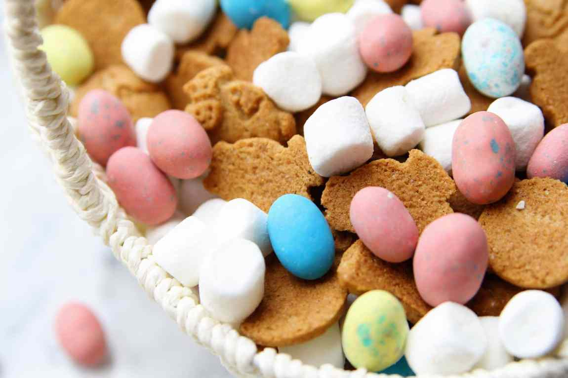 Smores Snack Mix - easy, delicious snack!