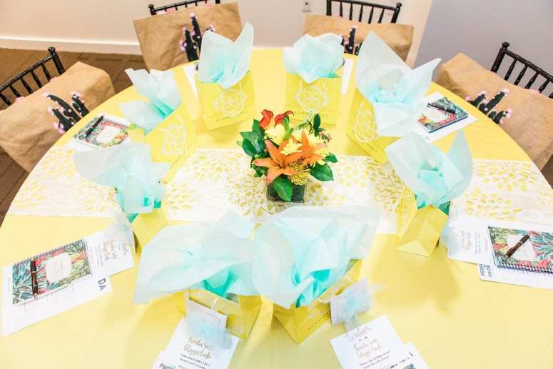 Perform on Pinterest workshop - House of Hough table linens and Kroger florals